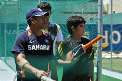 5 Famous Father-Son Duos in Indian Cricket